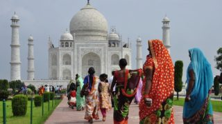 インドの8つの社会問題と、それがインド経済へ及ぼす悪影響